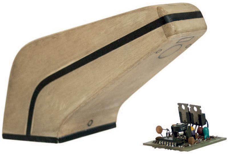 Il primo prototipo estetico del rubinetto elettronico con il circuito originale